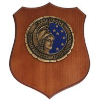 CREST IN METALLO SMALTATO BASE LEGNO CL3 22 X 17 CM CENT ADD EQUIP